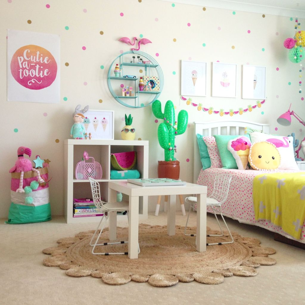 Cozy chic kids bedrooms with a modern touching style that are very lovely with pastel color accent and beautiful decoration Image 13
