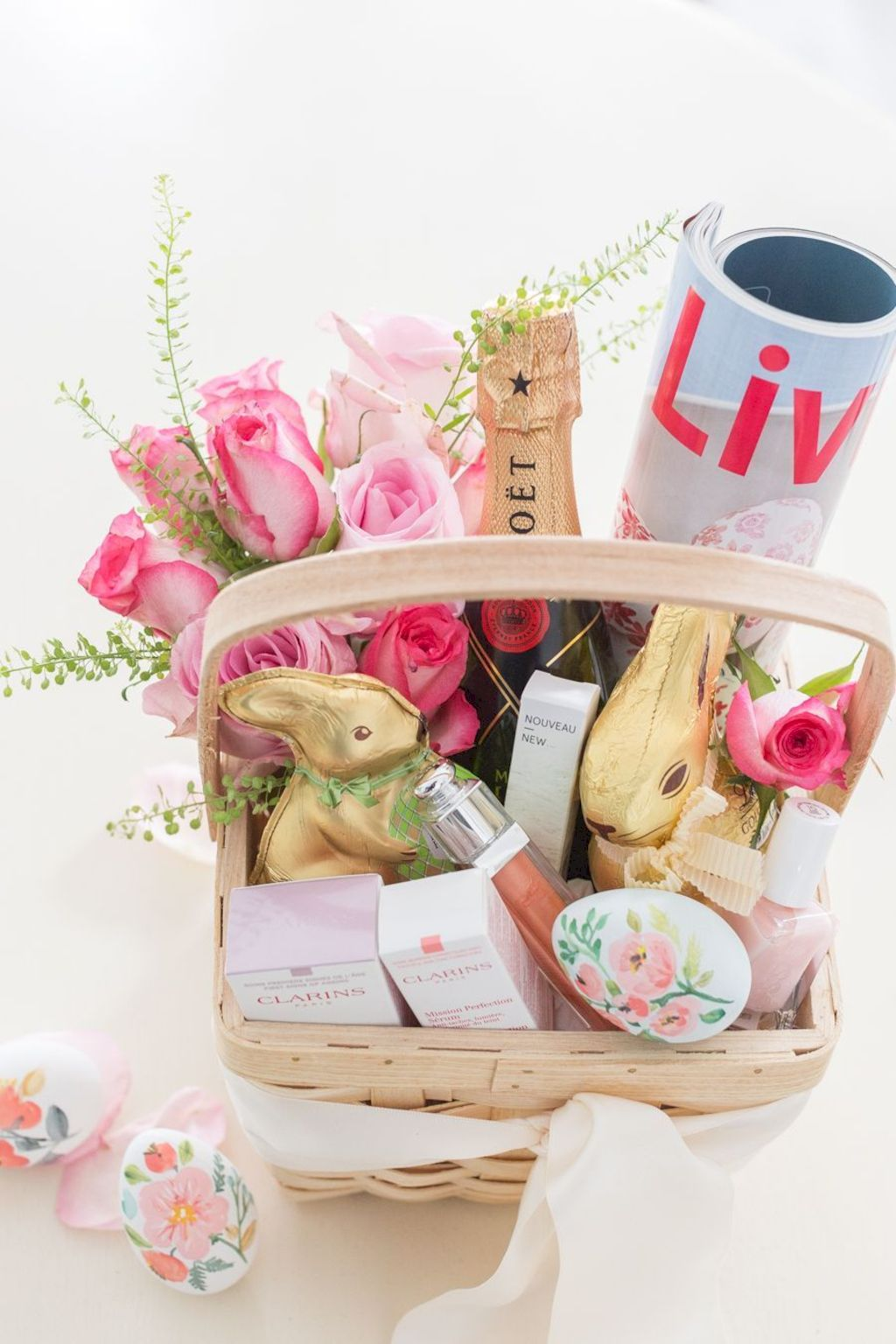 DIY Easter basket ideas made from affordable and recycled materials very charming as Spring celebration accessories Image 9