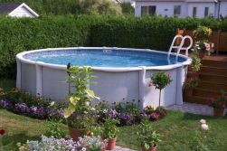 Simple pool designs built above ground designed with cheap materials for simple outdoor relieves Image 6