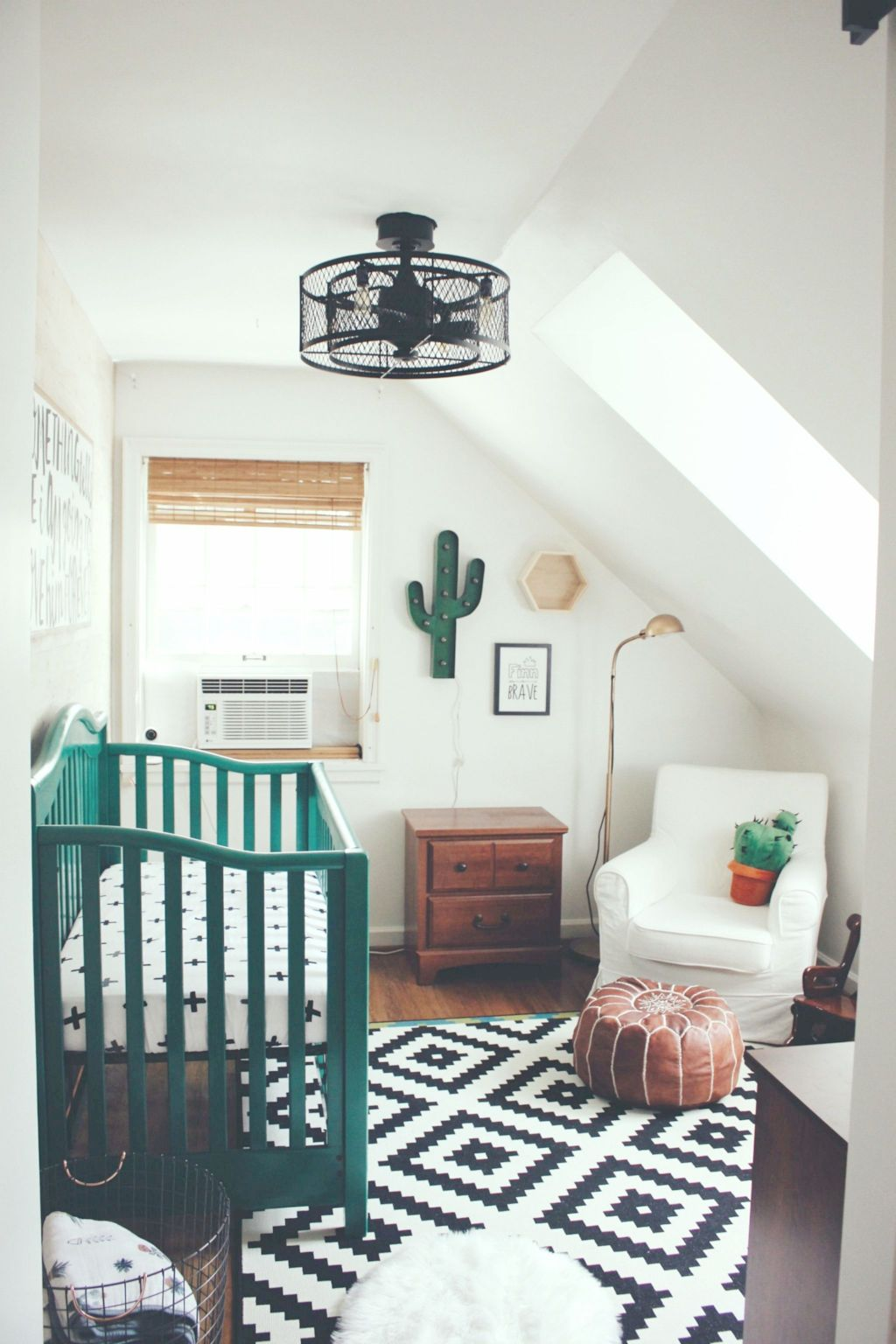 Warm and lovely kids bedroom decoration using a soft color combination showing a neutral scheme that looks beautiful and adorable Image 28