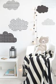 Warm and lovely kids bedroom decoration using a soft color combination showing a neutral scheme that looks beautiful and adorable Image 31