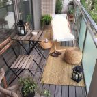 Brilliant apartment balcony ideas converted into cozy living space Image 12