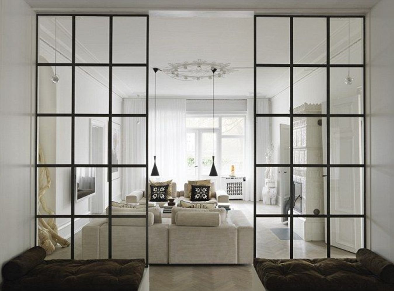 Limitless interior schemes with clever glass partition enlarging wide interior vibes Image 24