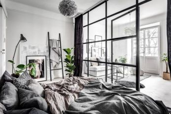 Limitless interior schemes with clever glass partition enlarging wide interior vibes Image 35