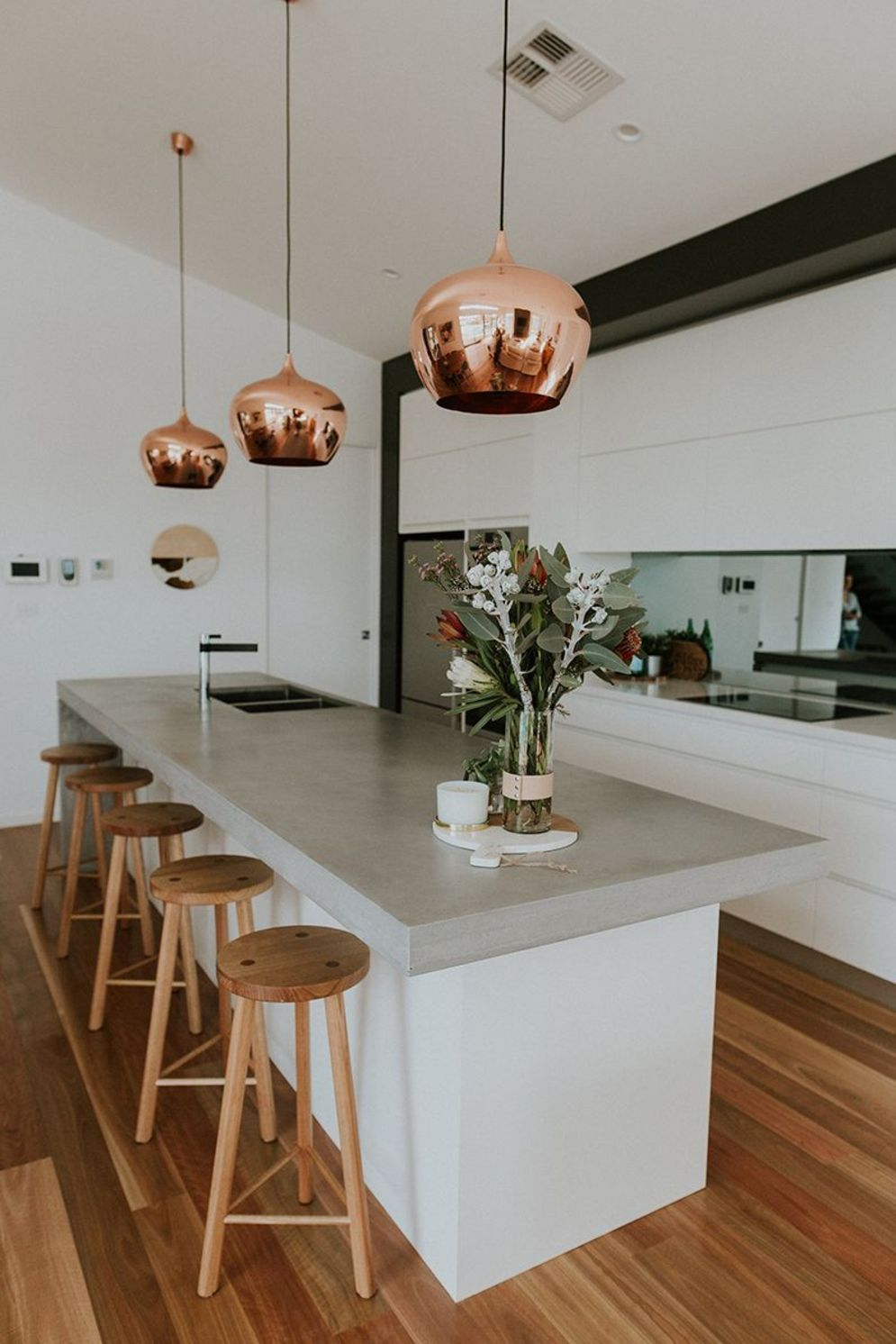 Modern kitchen updates using efficient concrete benchtops to show sturdier interior display Image 27