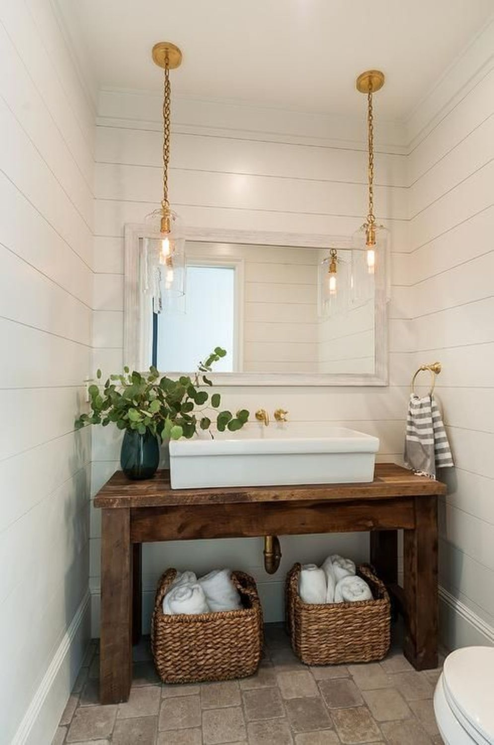 Most savvy bathroom designs with elegant wood finish to give more natural feel Image 3