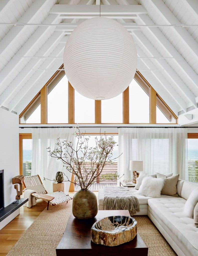 Best vaulted ceiling designs the will give your home airier vibes and incredible beauty Image 3