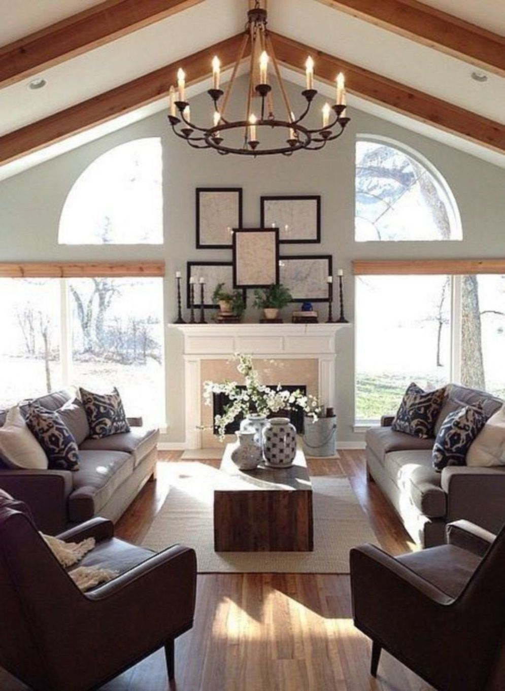 Spacious home images with vaulted ceiling showcasing grand and wonderful home design Image 27