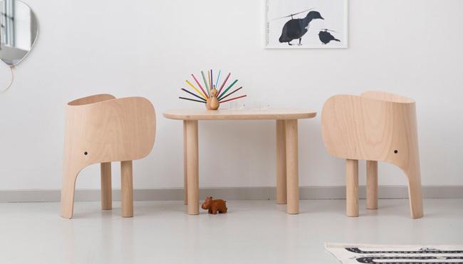 des chaises pour la chambre des enfants