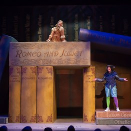 """The Complete Works of William Shakespeare (Abridged)"""" at the Cincinnati Shakespeare Company. Miranda McGee, Justin McCombs Play by Adam Long, Daniel Singer, and Jess Winfield, directed by Sara Clark, playing July 20- August 11, 2018. Performances are located at Cincinnati Shakespeare Company's new theater, The Otto M. Budig Theater, 1195 Elm Street, Cincinnati, OH 45202. Tickets are available online at cincyshakes.com or by calling the box office 513.381.2273. By Mikki Schaffner Photography."""