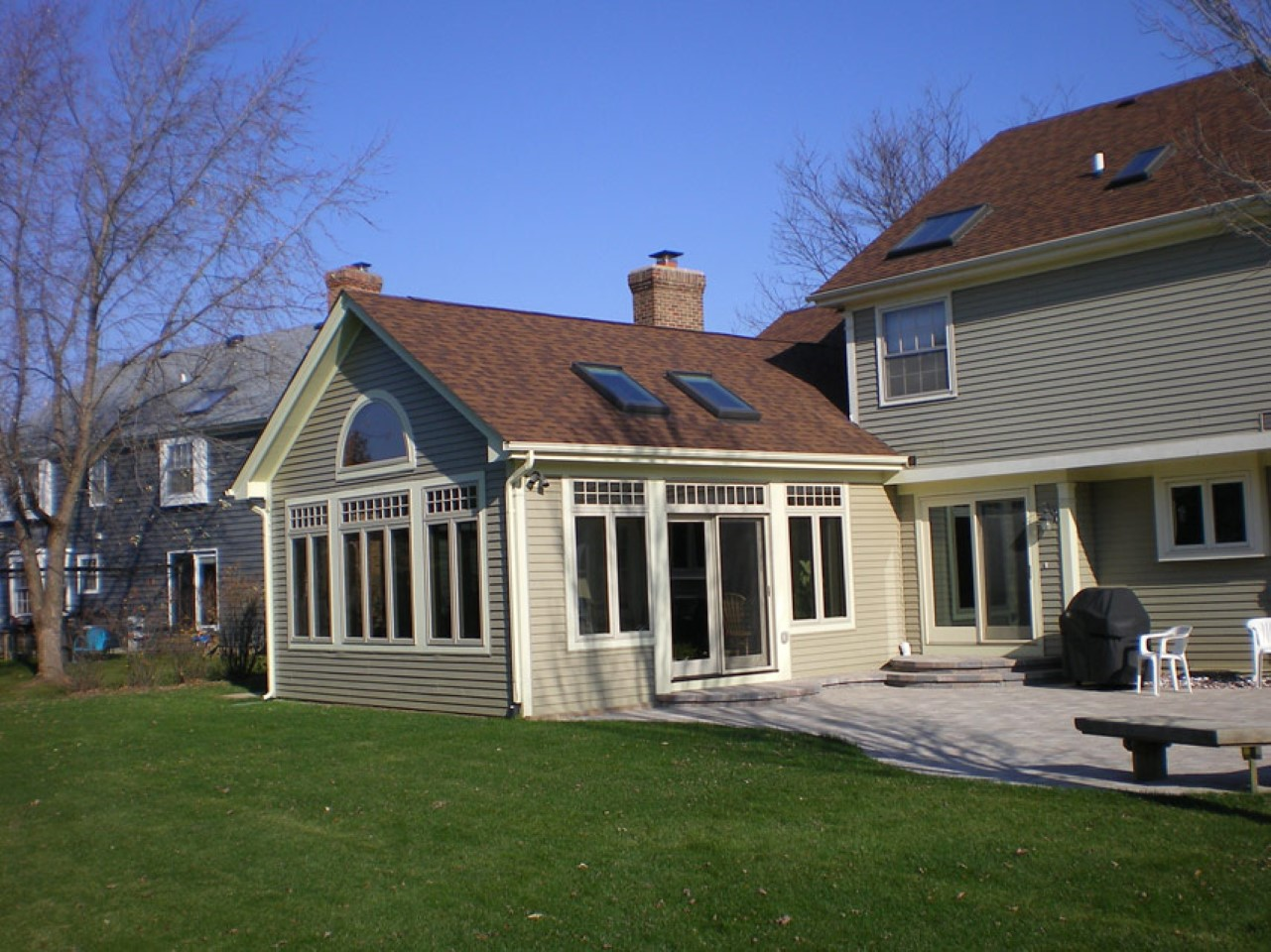 SUNROOM PATIO ENCLOSURE