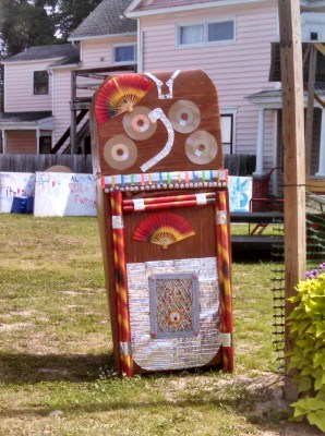 Homemade jukebox from Summerfestive on Shalavee.com