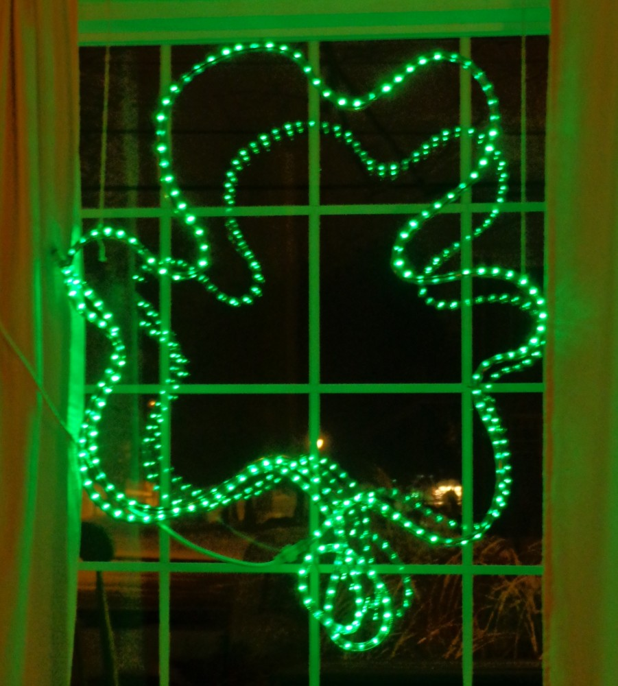 My window shamrock on Shalavee.com