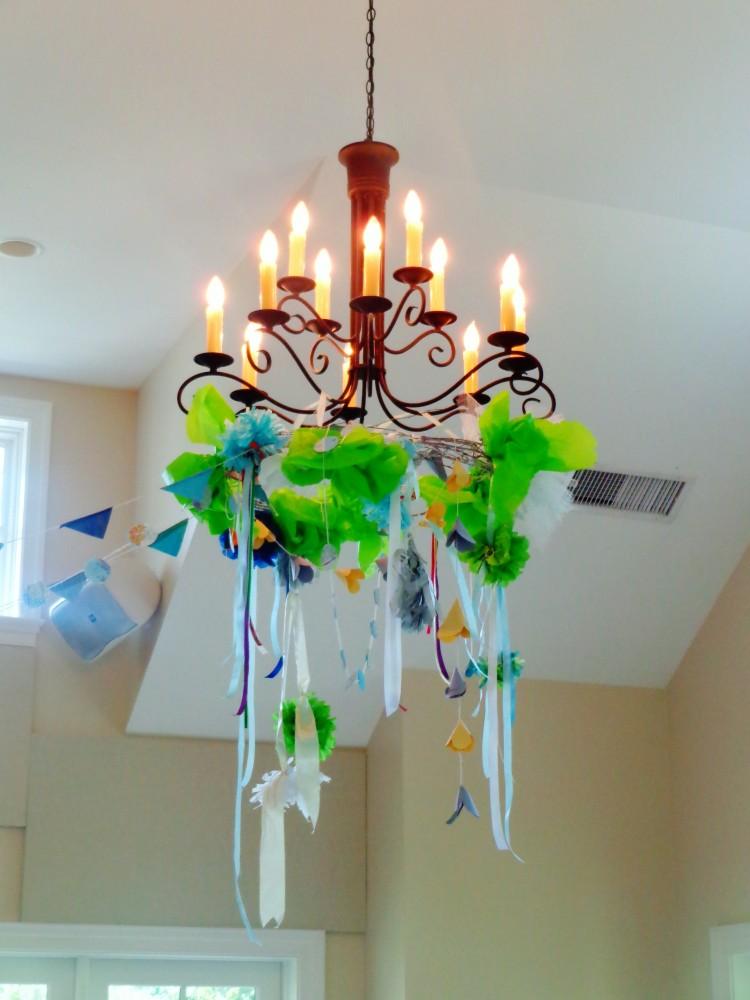 Summer chandeliers on Shalavee.com