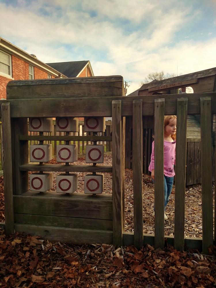 Fiona tic tac toe playground