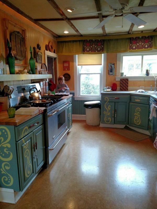 Fiona and muffin tins on Shalavee.com