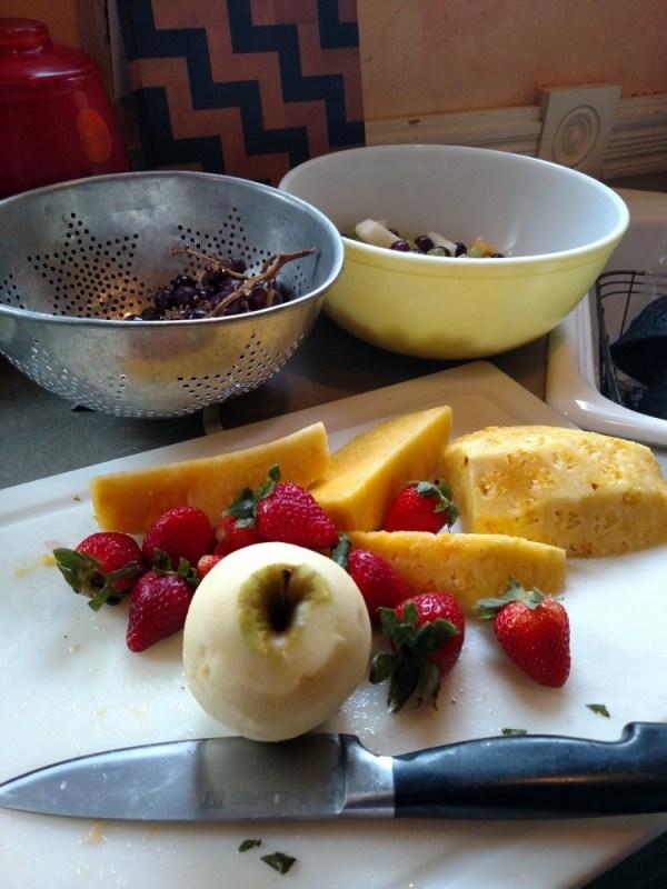 Fruit salad making on Shalavee.com