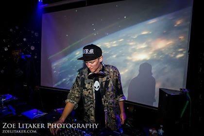 DJ PlayPlay