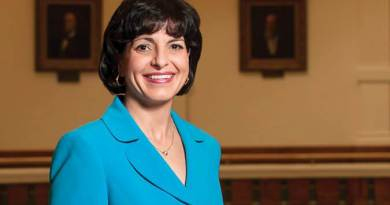 Shale Magazine: Regulating The Industry - Texas Railroad Commissioner Christi Craddick (Photo by Malcom Perez)