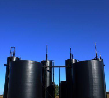 public domain black tank battery