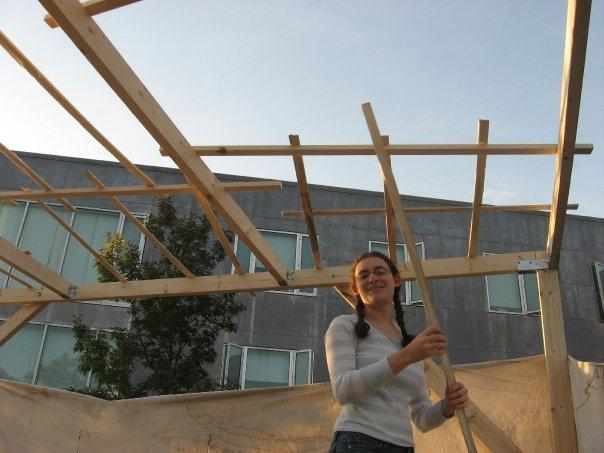 IF+YOU+BUILD+IT...+Deborah+Thompson+%2707+building+a+sukkah+at+Brandeis+last+month.+The+Boston-area+university+is+one+of+the+most+popular+for+Shalhevet+alumni%2C+and+has+everything+Pico-Robertson+has+including+large+numbers+of+students+observing+holidays+and+Shabbat.