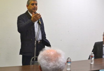 PLO ambassador tells JCC audience that separation is the key to peace