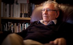 Amos Oz, father of Israeli fiction, dies at 79
