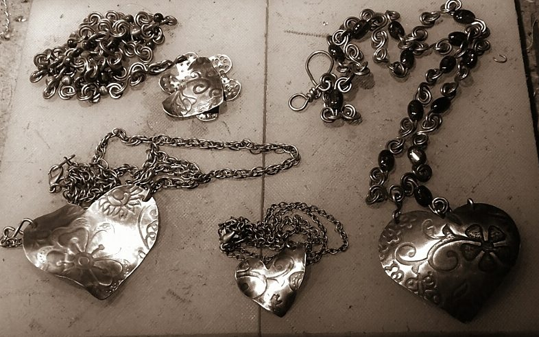 20 January: 4 Hearts and flowers necklaces ready.  I will try and take photos tomorrow and get them into my online and Etsy shops.