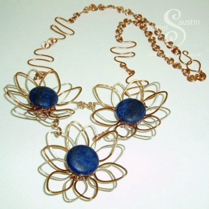 Flower Necklace: Lapis Lazuli