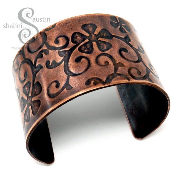 Wide Embossed Copper Cuff FLORA (03)