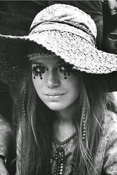 1960s-woodstock-beauty