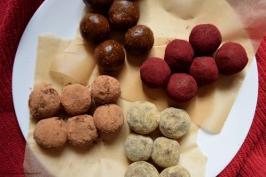 Bliss Balls, 4-Ways (Vegan, Raw, Gluten Free, Oil Free)