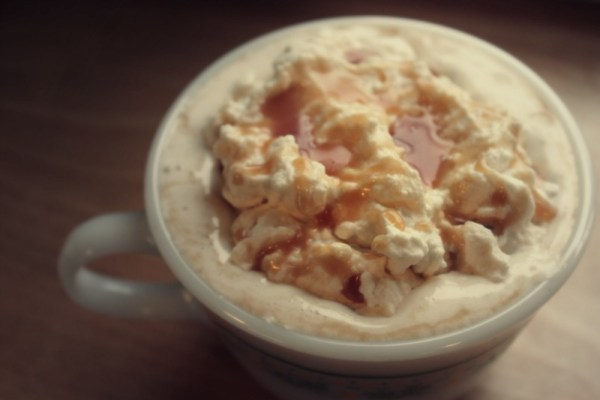 Real Food Toppings: Homemade Whipped Cream
