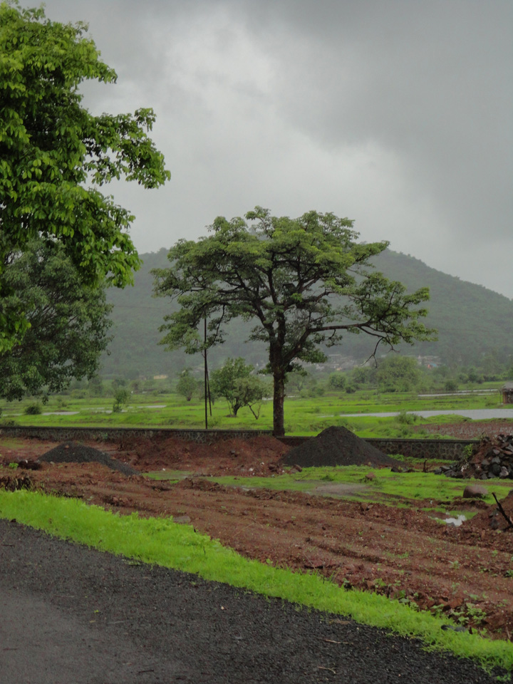 A Weekend, Amazing Weather, Rains And A Beautiful Fort! (1/6)