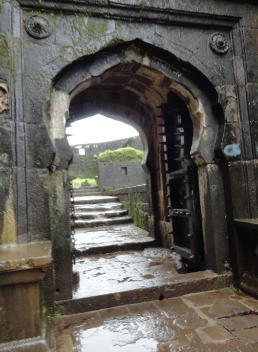 A Weekend, Amazing Weather, Rains And A Beautiful Fort! (6/6)
