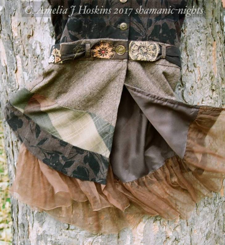 Voile frilled lining