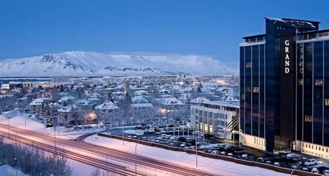 Стоимость поездки в Исландию в большой степени зависит от места вашего временного жительства в стране.