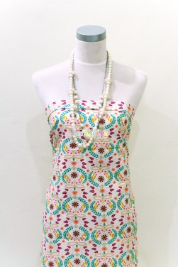 (Bari J. Ackerman) Bijoux, Embroiderys Fortune in Rose