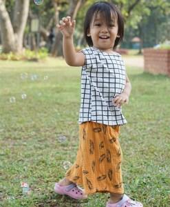 Hoola Pants (Kids) – PDF Pattern (by Haurra Sewing)