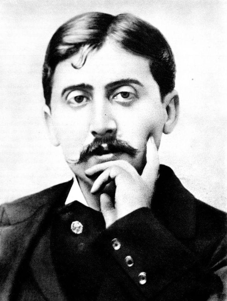 800px-Marcel_Proust_1900