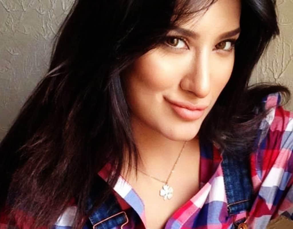 Actress pics, Pakistani actress, Pakistani beauty