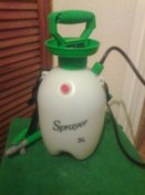 3 Litre carpet sprayer with lance.