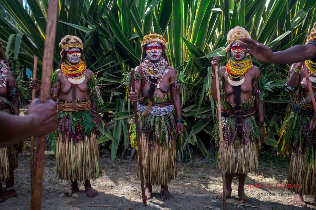 Female PNG tribe at the Mt Hagen show, Papua New Guinea