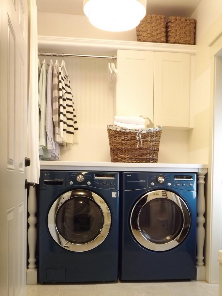 wonderful-apartment-small-smart-laundry-room-ideas-integrating-charming-blue-washing-machine-complete-entrancing-hanging-white-w