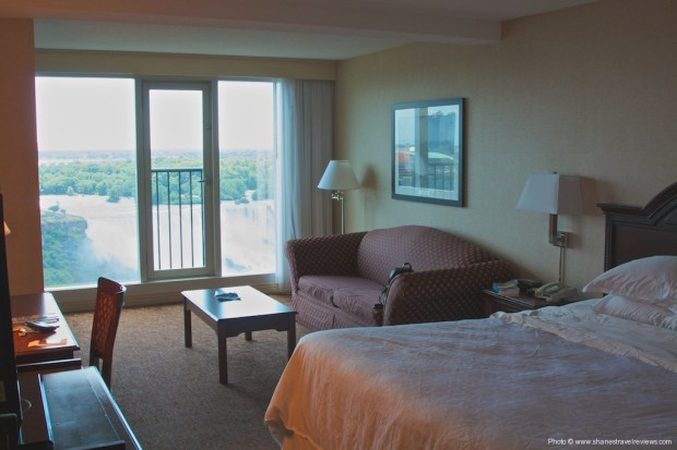 Rooms at the Sheraton on the Falls - Rooms at the Sheraton on the falls have great views of Niagara Falls