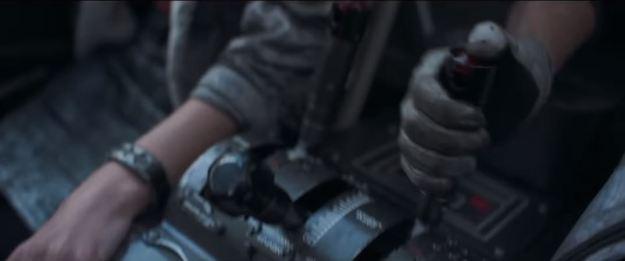 star wars solo super bowl trailer speeder cockpit shift