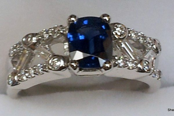 Shane's The Pawn Shop Ladies Diamond Sapphire Ring