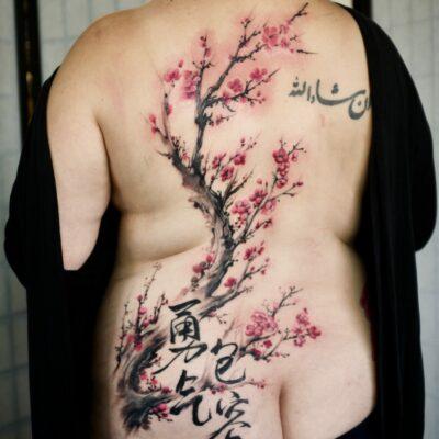zhuo dan ting tattoo work 卓丹婷纹身作品 梅花纹身 1