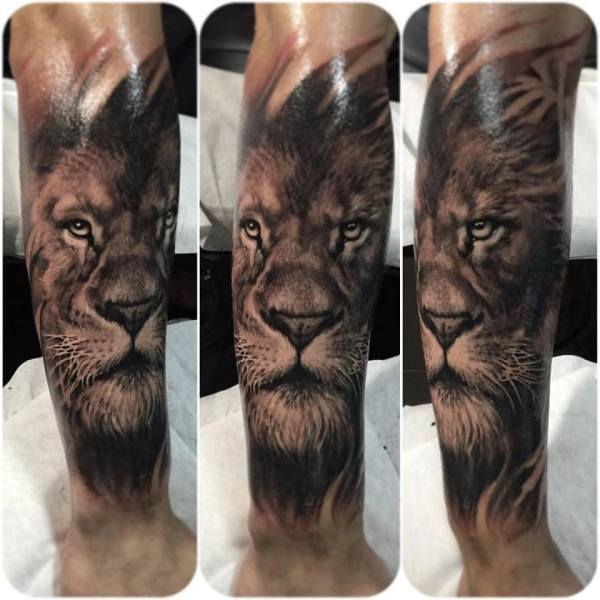 Zhuo-Dan-Ting-Tattoo-Work-lion-tattoo卓丹婷写实狮子纹身