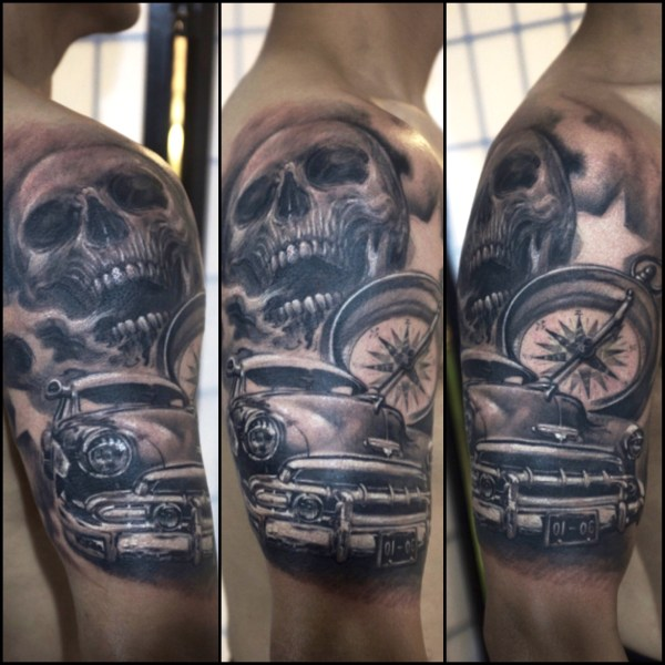 Zhuo-Dan-Ting-Tattoo-work-卓丹婷纹身作品-机车骷髅指南针纹身